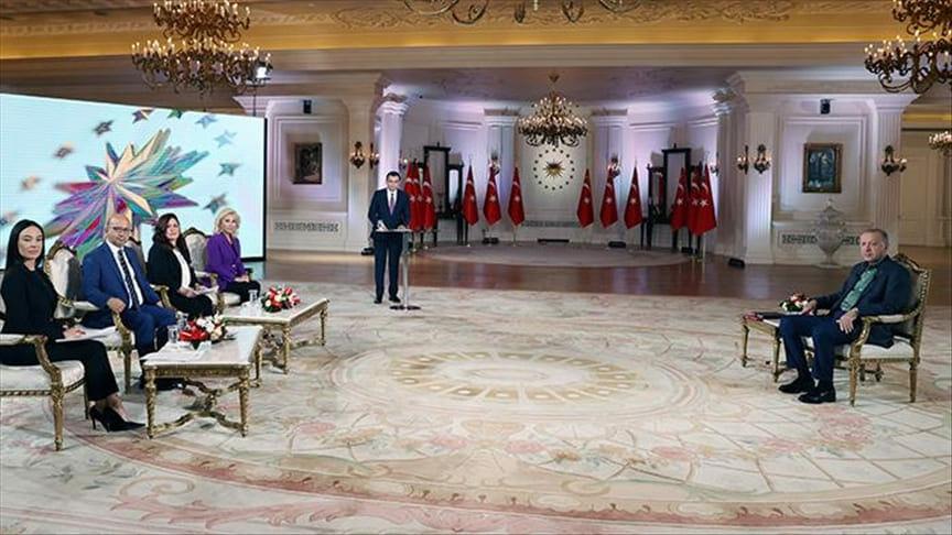 أردوغان يرد على المزاعم والاتهامات حول حرائق الغابات في تركيايرد على المزاعم والإتهامات حول حرائق الغابات في تركيا