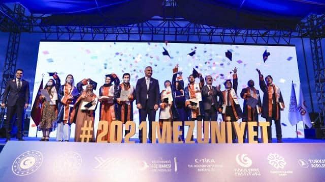 الاحتفال بتخريج طلاب منحة الحكومة التركية 2021