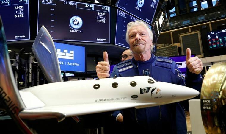 ريتشارد برانسون - رحلة سياحية إلى الفضاء